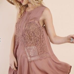 Umgee Dusty Rose Sleeveless Sheer Lace Tunic